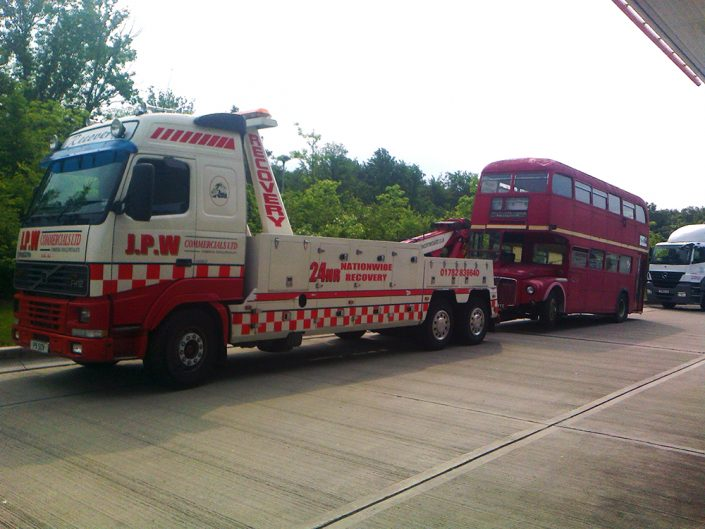 JPW Recoving an old London Bus